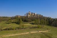 Zamek Tenczyn w Rudnie - Zdjęcie lotnicze, fot. ZeroJeden, IV 2021