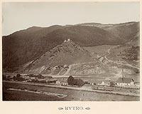 Zamek w Rytrze - Ruiny zamku w Rytrze na zdjęciu Józefa Zajączkowskiego z 1905 roku