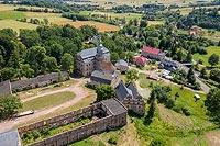 Dwór Sarny w Ścinawce Górnej - Zdjęcie lotnicze, fot. ZeroJeden, VII 2019