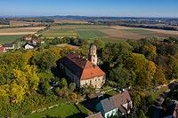 Zamek w Służejowie - Zamek na zdjęciu lotniczym, fot. ZeroJeden, X 2020
