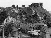 Zamek w Sochaczewie - Ruiny zamku w Sochaczewie na zdjęciu z okresu międzywojennego