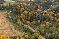 Zamek w Sułowie - Widok z lotu ptaka od zachodu, fot. ZeroJeden, X 2013