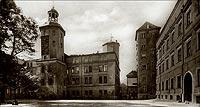 Zamek w Szczecinie - Dziedziniec zamkowy na widokówce z okresu międzywojennego