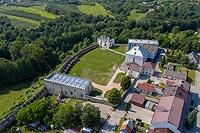 Zamek w Szydłowie - zdjęcie lotnicze, fot. ZeroJeden, VII 2020