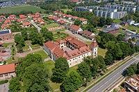 Zamek w Tarnowicach Starych - Zdjęcie lotnicze, fot. ZeroJeden, VI 2020