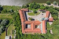 Klasztor w Tyńcu - Widok zamku na zdjęciu lotniczym, fot. ZeroJeden, VI 2019