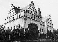 Wieża w Wilkowie Wielkim - Dwór w Wilkowie na zdjęciu z okresu międzywojennego
