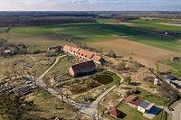 Zamek w Żelaznej - Zdjęcie lotnicze, fot. ZeroJeden, IV 2021