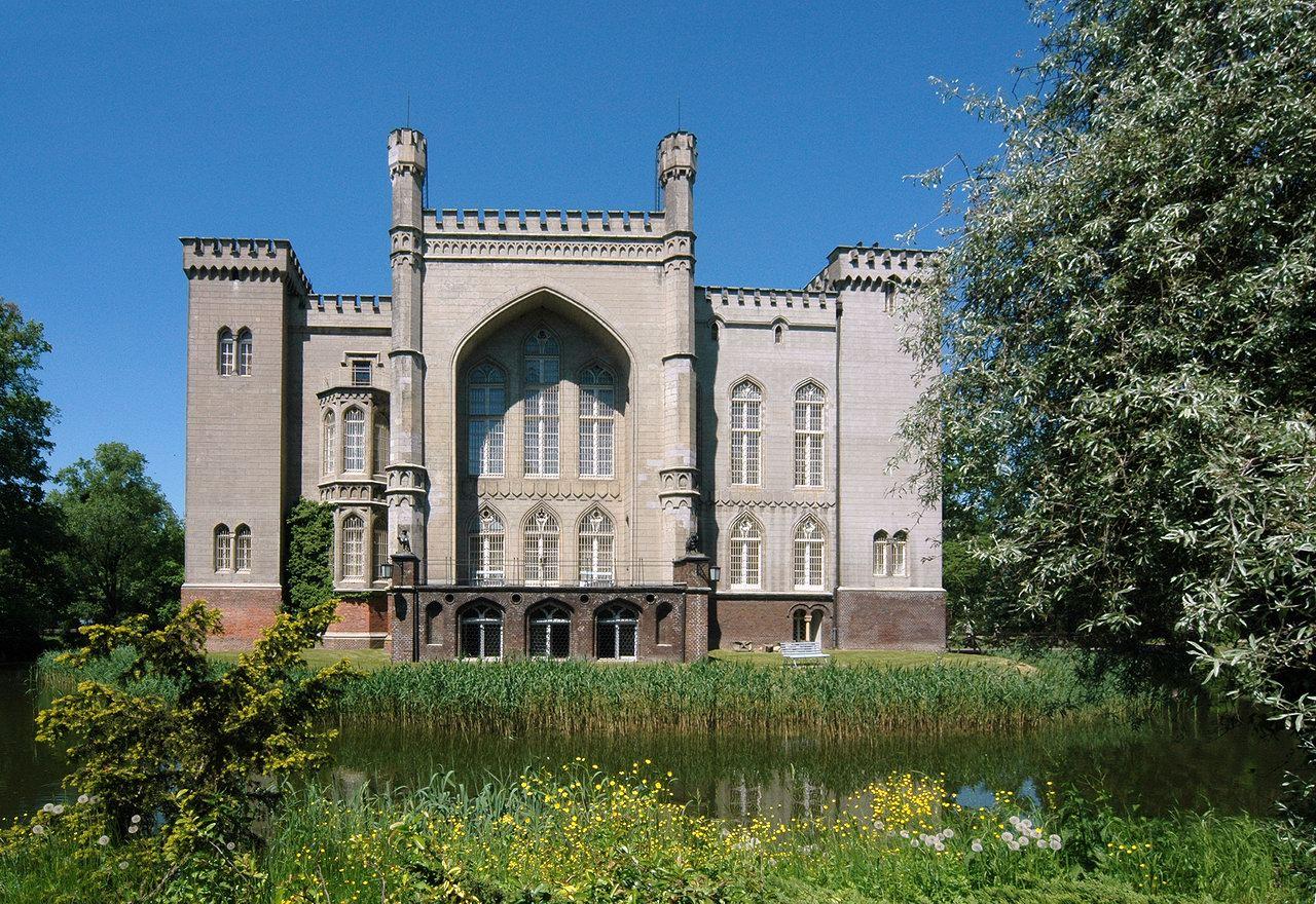 9931e676 Kórnik - Zamek w Kórniku - OPIS - (Polskie zamki )
